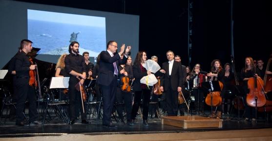 Συναυλία της Καμεράτα με έργα της Ελένης Καραΐνδρου